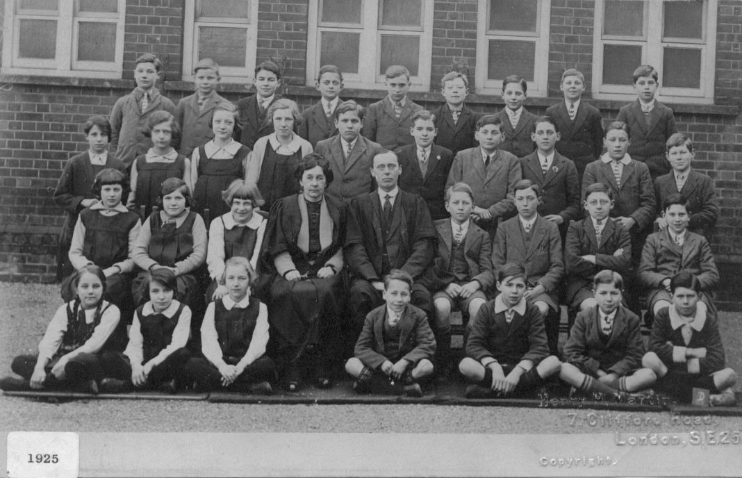 Slough Secondary School 1925 Form ?