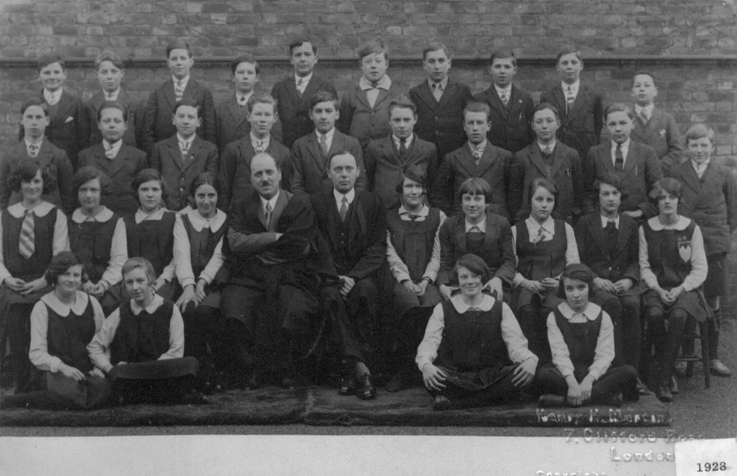 Slough Secondary School 1928 Form x
