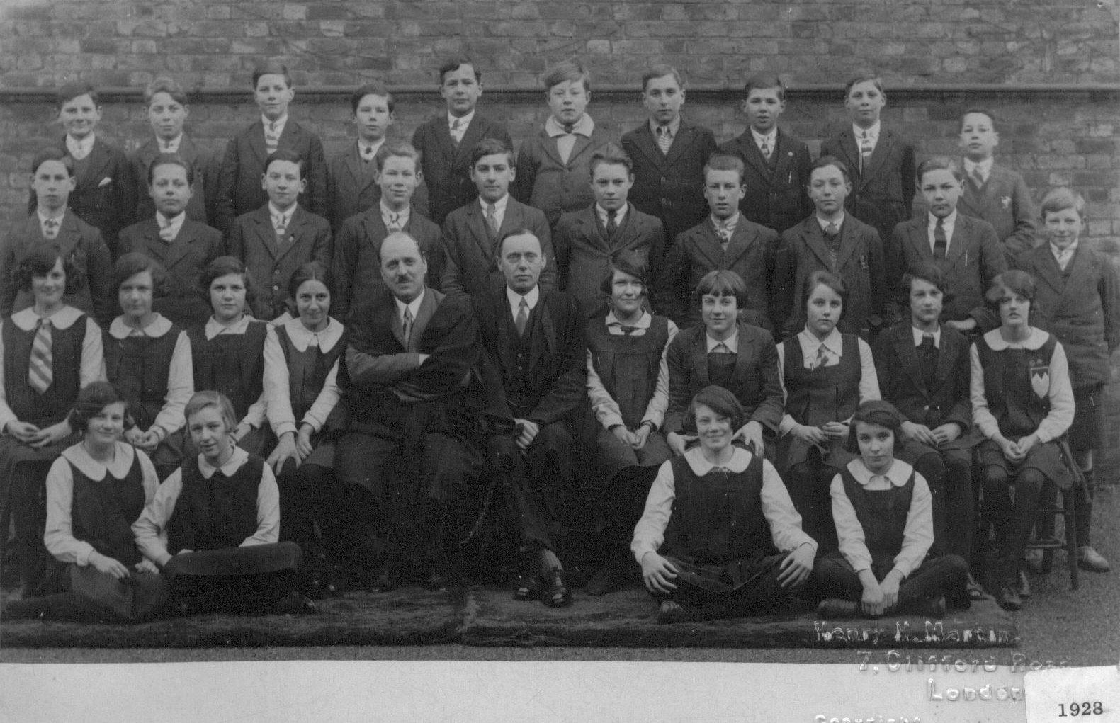 Slough Secondary School 1928 Form x